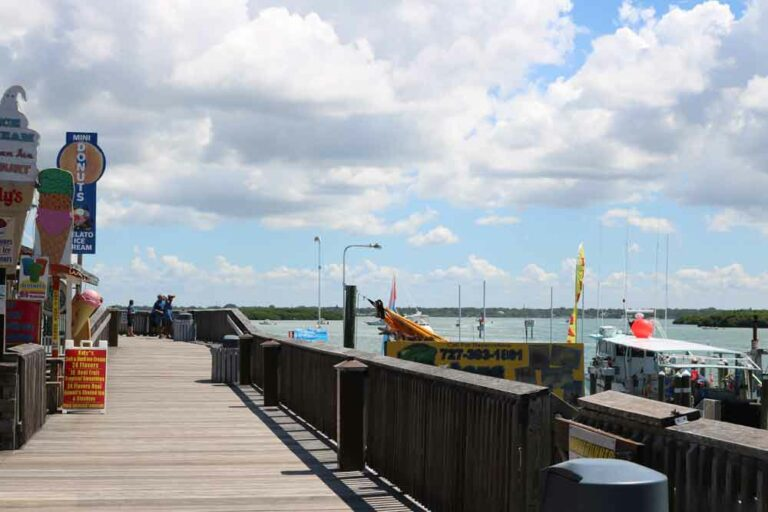 Boardwalk-at-John's-Pass